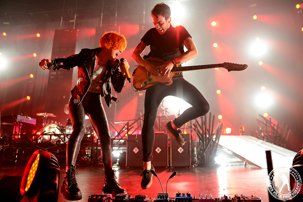 Paramore (Verizon Theater, Grand Prairie, TX) 10/26/13