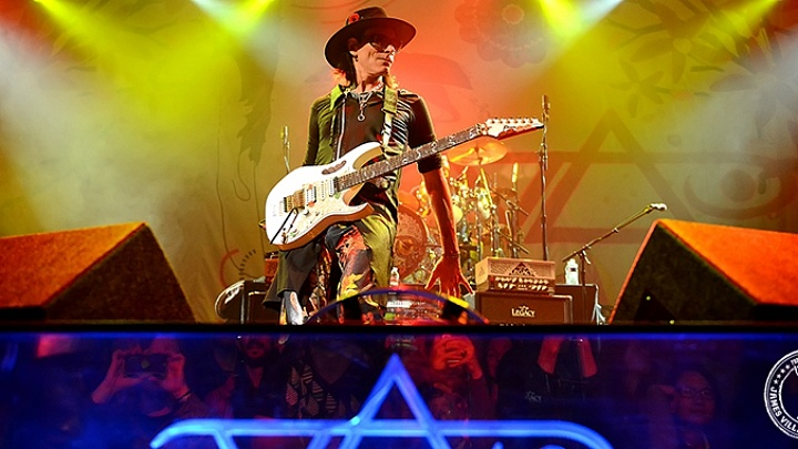 Steve Vai Electrifies The House of Blues in Dallas, TX - ON