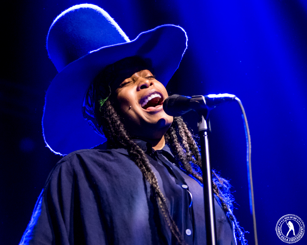 Erykah Badu (The Bomb Factory - Dallas, TX) 3/26/15