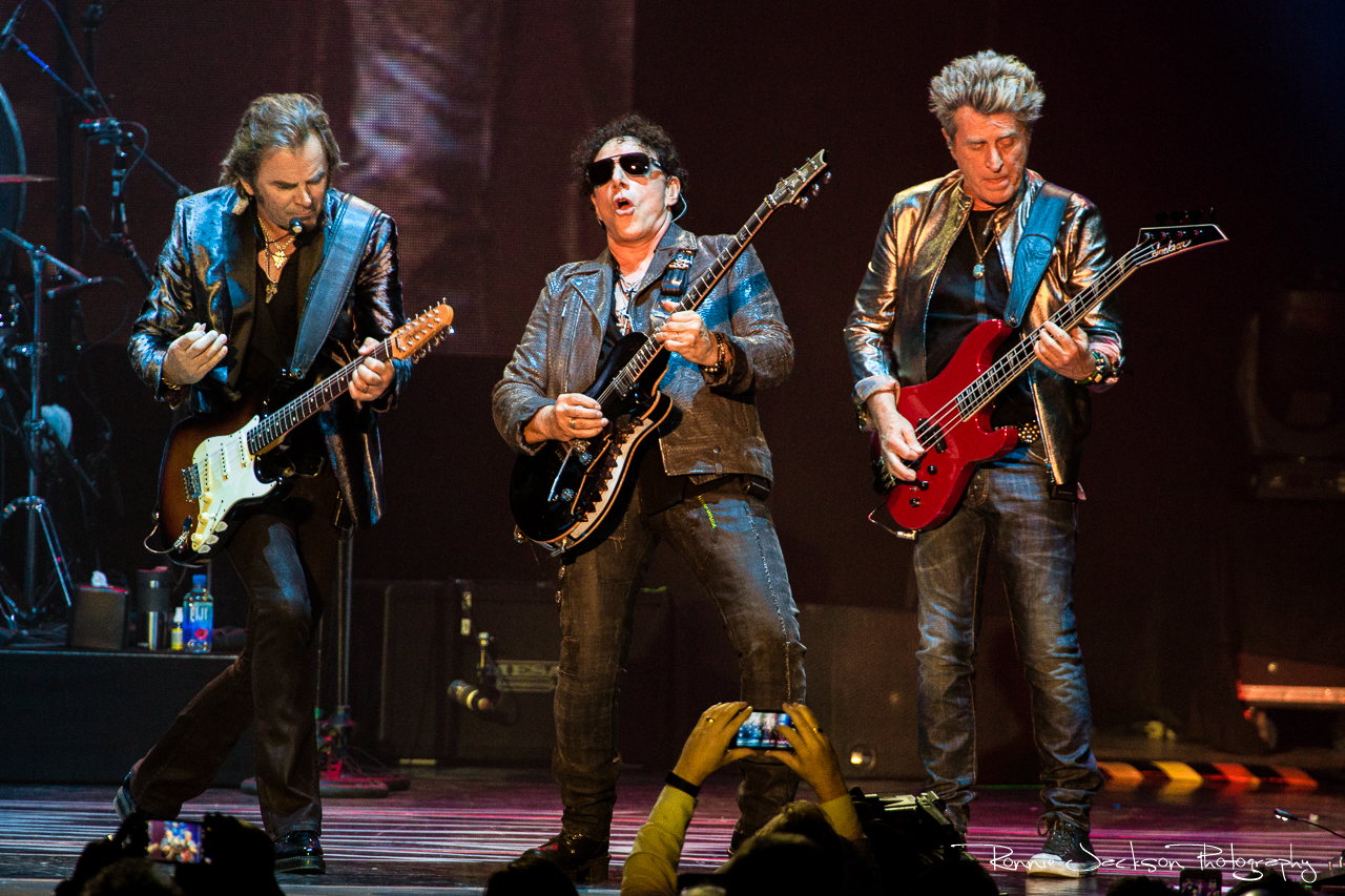 journey cuts deep in dallas on tour monthly